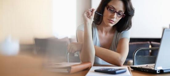 Vrouw twijfelt over studieschuld verzwijgen hypotheek